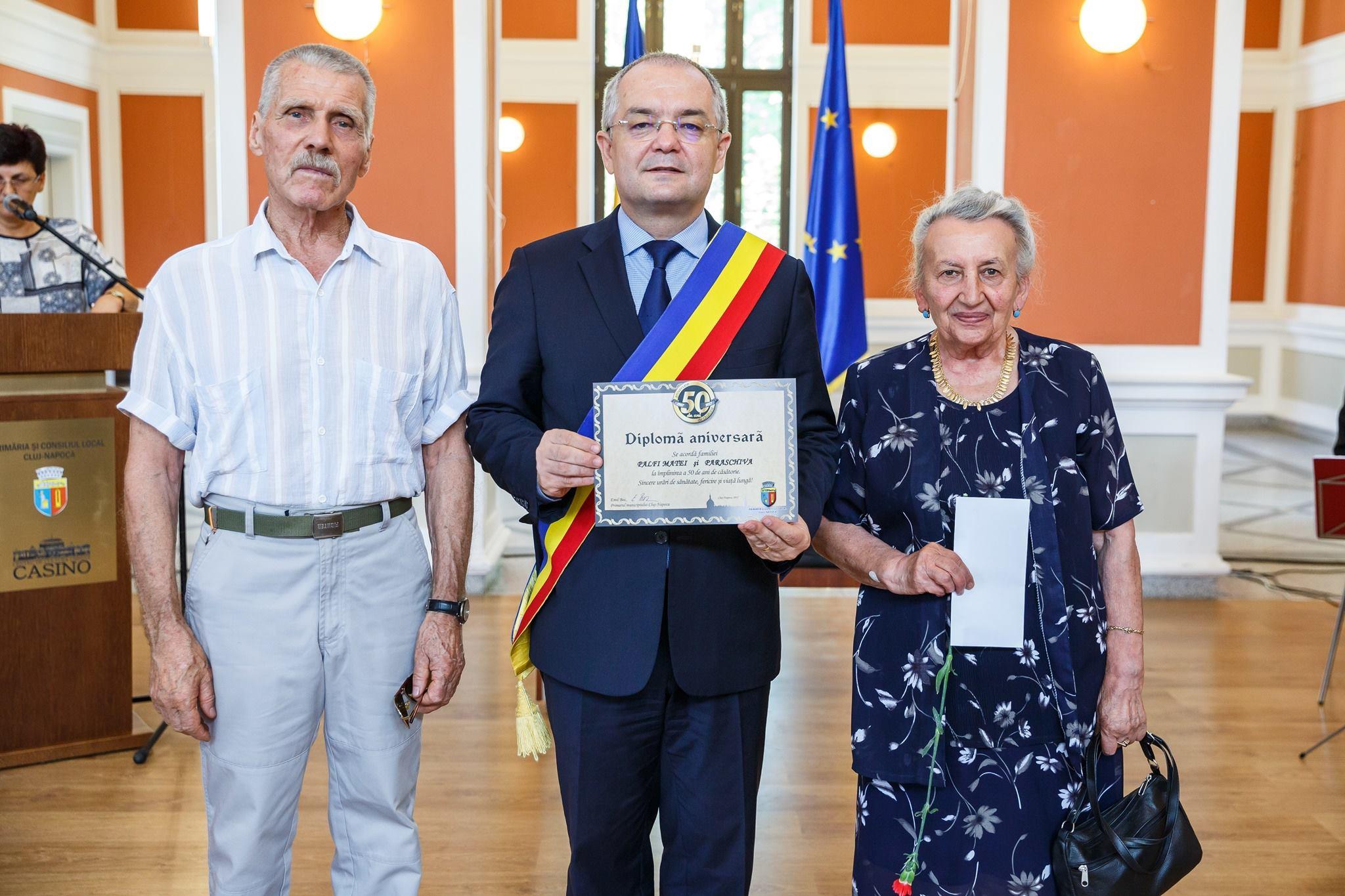 Primaria Cluj-Napoca a premiat 72 de cupluri la aniversarea a 50 de ani de căsnicie