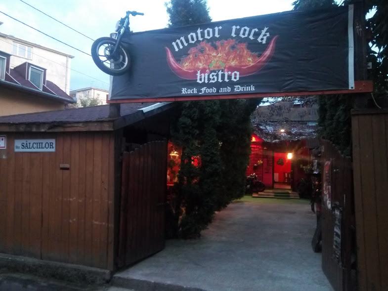 Rockerii au un nou loc de întâlnire în Cluj, la Motor Rock Bistro – FOTO