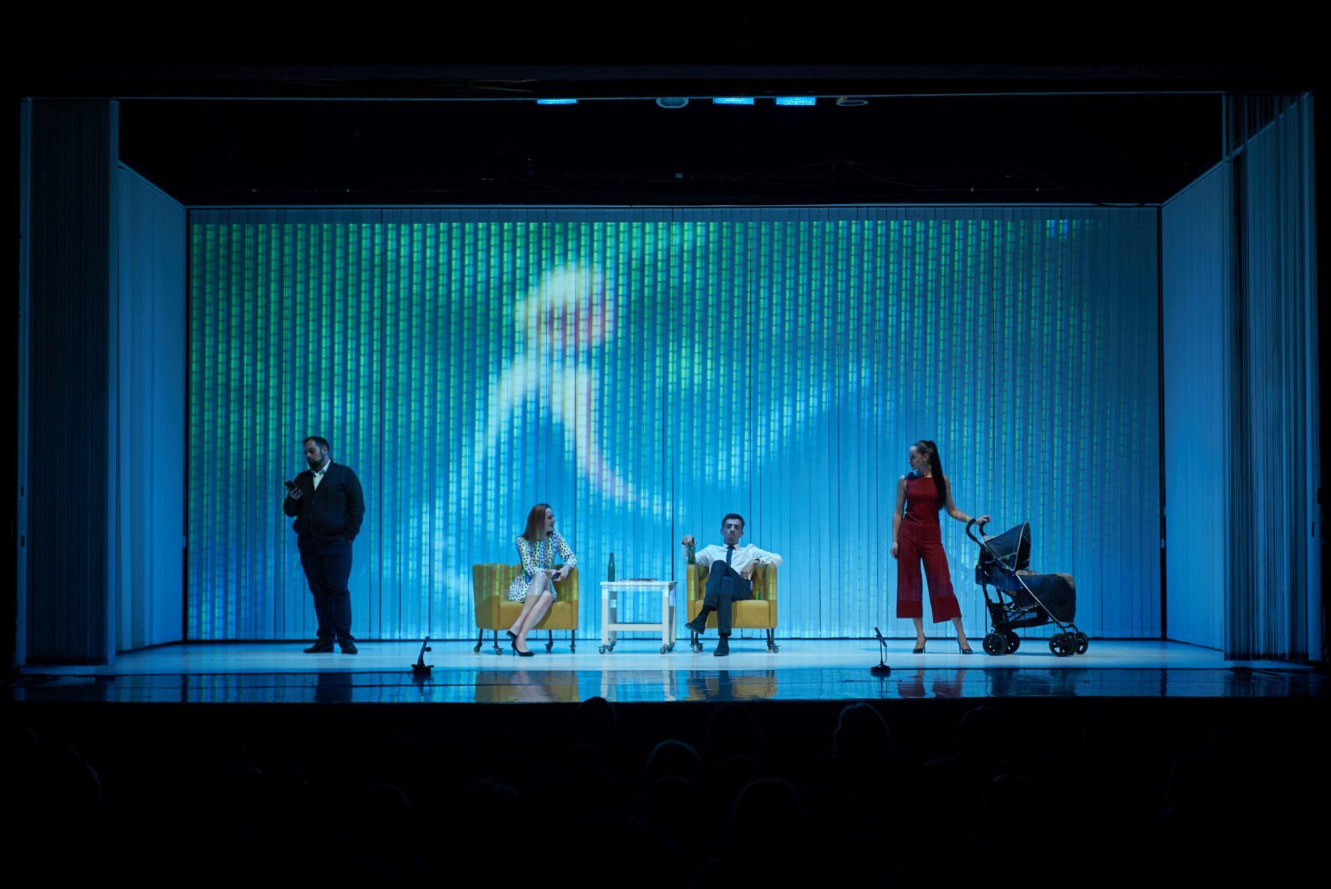 """Turneul Manifest pentru dialog aduce spectacolul """"Familii"""" pe scena teatrului din Cluj-Napoca"""