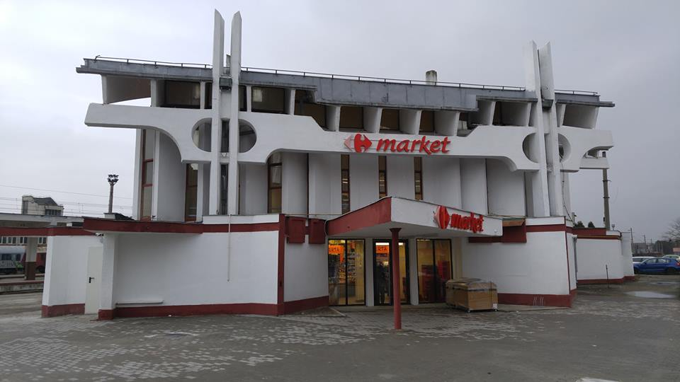 Cultura nu vinde la Cluj – Gara Mică s-a transformat într-un supermarket