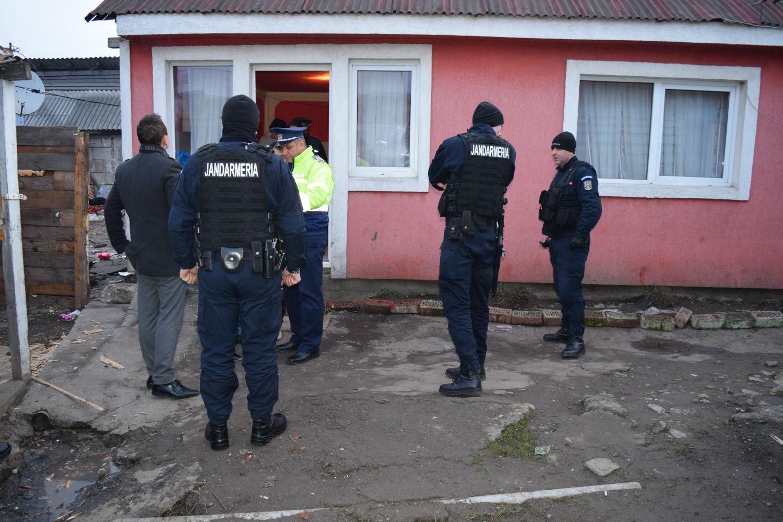 Razie a poliţiştilor clujeni la periferia Clujului, pe Calea Dezmirului şi strada Platanilor!