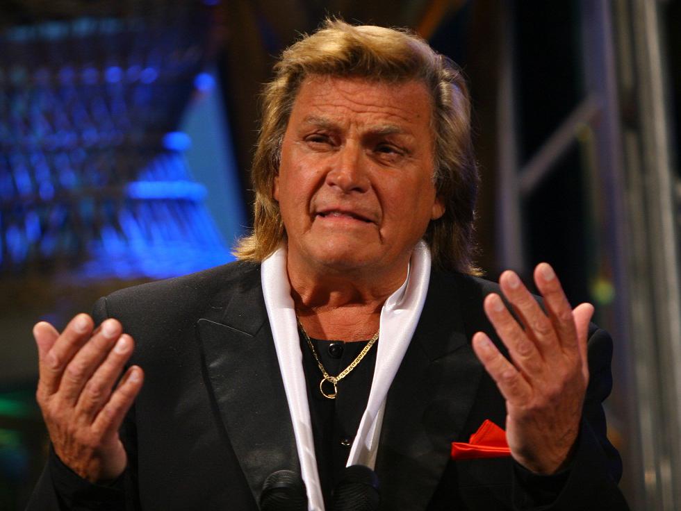 """Reacția dură a lui Florin Piersic despre spectacolul aniversar dedicat zilei sale de naștere, plătit cu 28.000  de euro din bani publici: """"Vă folosiţi de mine, de ziua mea, ca să vă manifestaţi antipatiile politice?"""""""