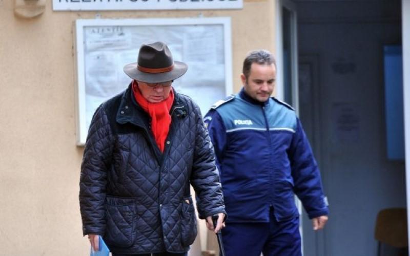 Medicul urolog Mihai Lucan a mai primit 30 de zile de arest la domiciliu
