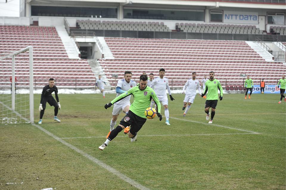 CFR Cluj a spulberat-o pe Luceafărul Oradea