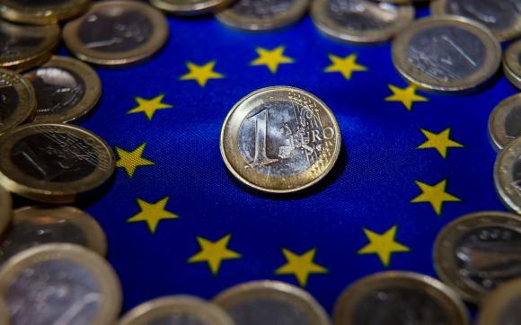 O treime din fondurile europene pierdute de cele 28 țări din UE îi aparțin României