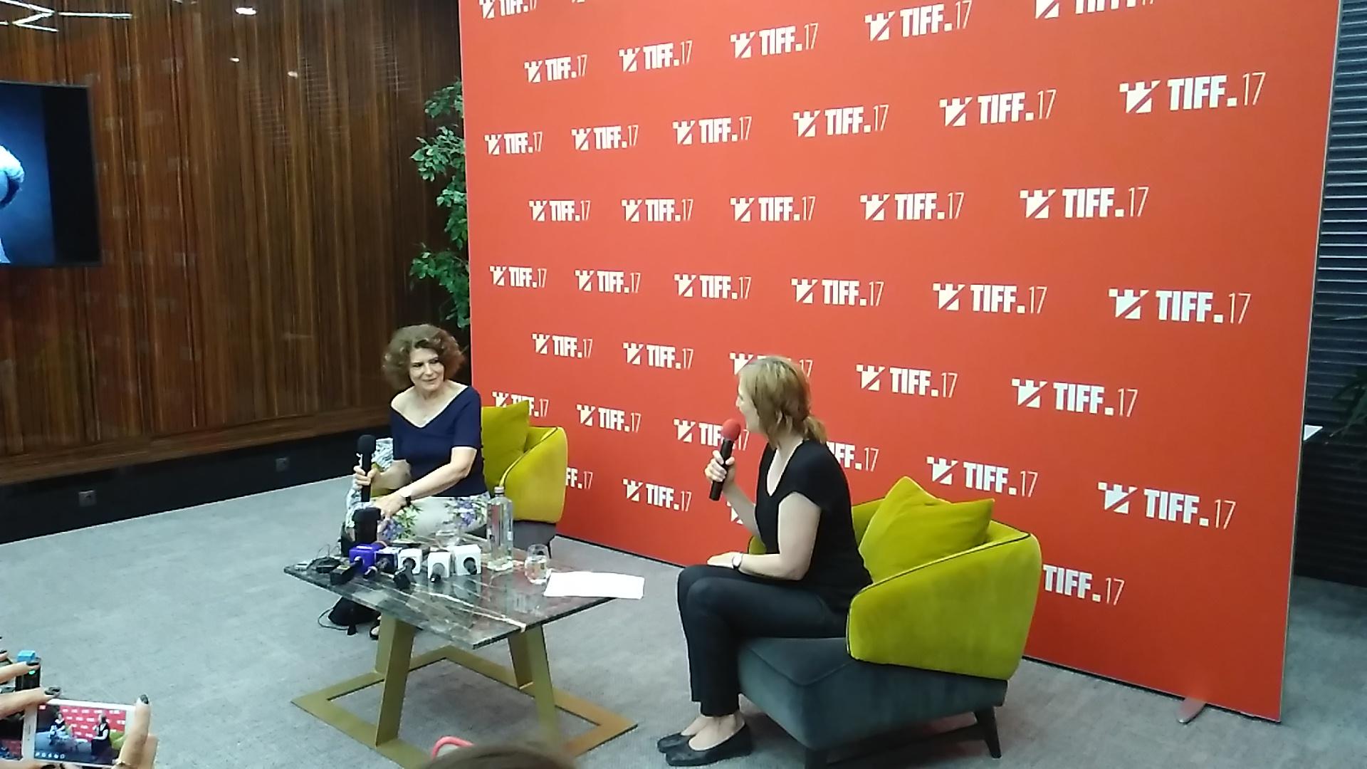"""Fanny Ardant, la Cluj-Napoca: """"Cred că teatrul este cel care construieşte un actor, iar cinema-ul este un lux"""""""