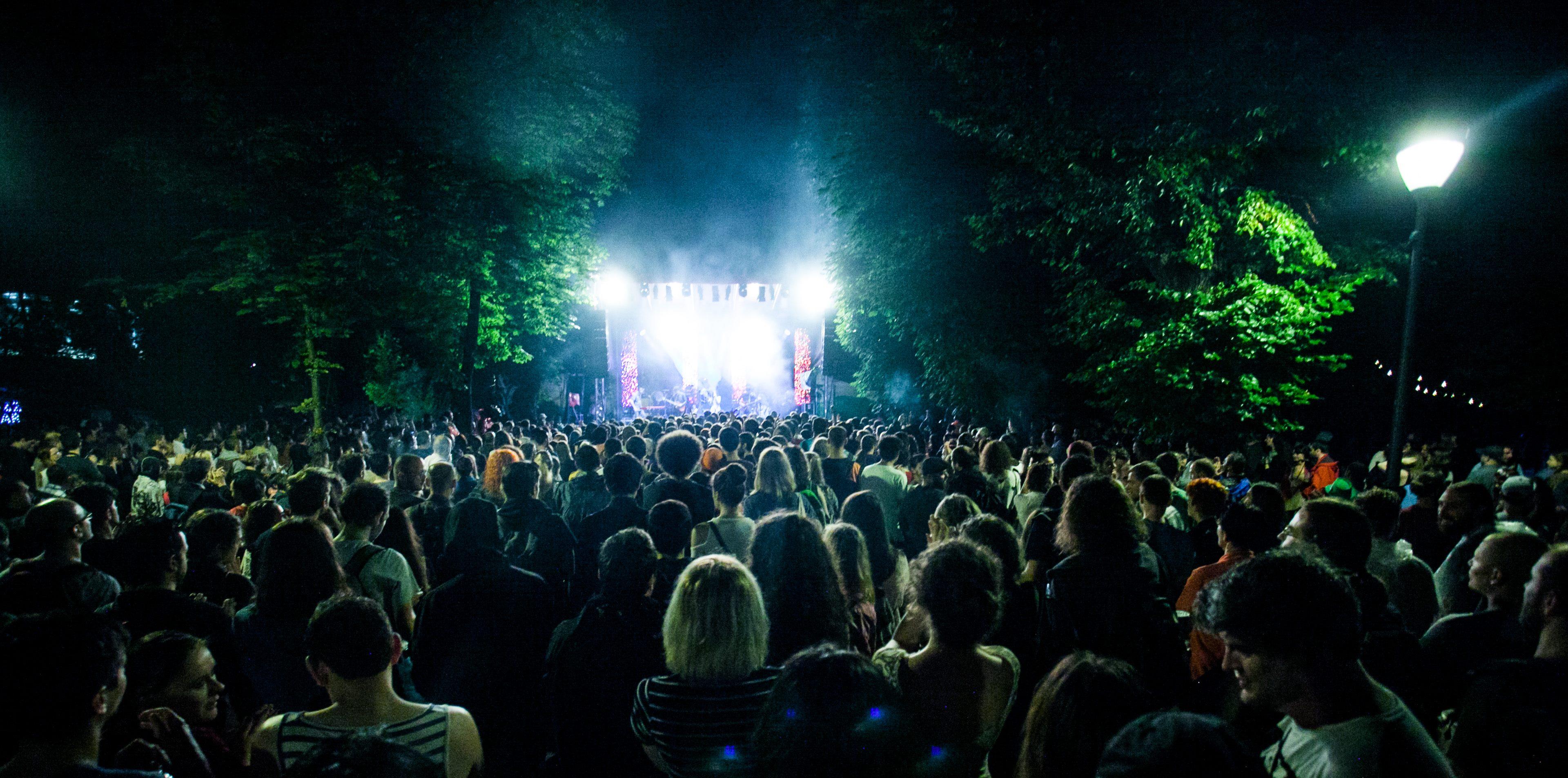 Azi începe Jazz in the Park! 11 zile de concerte şi voie bună în 7 locaţii din Cluj-Napoca