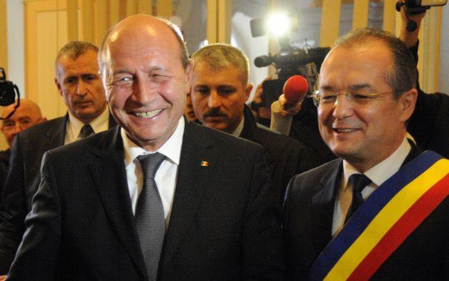 """Băsescu, mândru de Emil Boc, nemulțumit de Vâlcov: """"L-am luat și pe Boc de pe plajă, de la Mamaia, și l-am trimis la Cluj"""""""