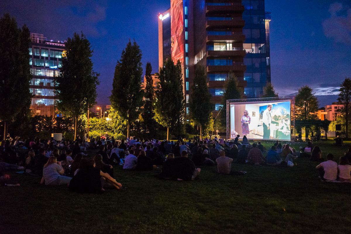 """Filmul românesc """"Breaking News"""", în această seară, în Iulius Parc"""