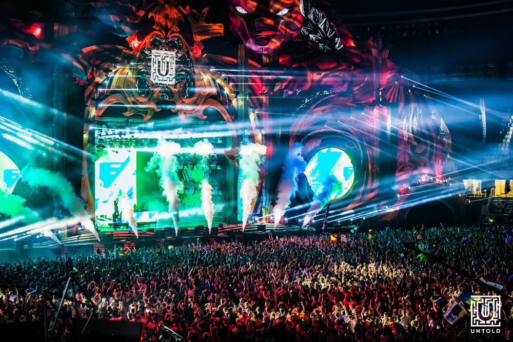 """Peste 92.000 de participanţi în a treia zi de UNTOLD! Steve Aoki: """"Festivalul UNTOLD mi-a schimbat viaţa. E măreţ ce se întâmplă la Cluj. E magic"""""""
