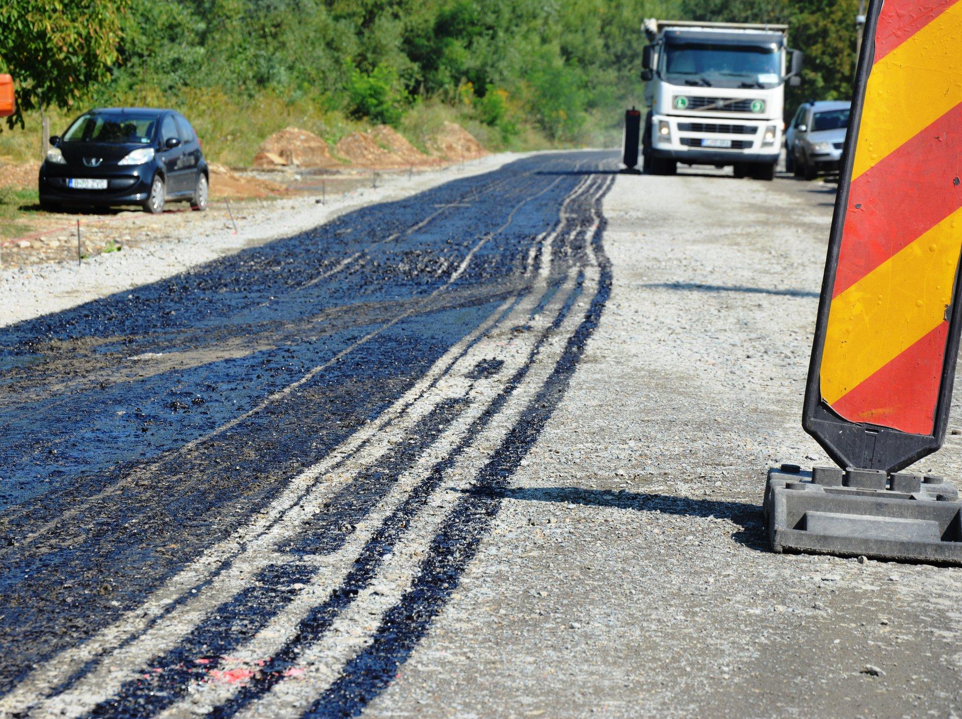 A început asfaltarea drumului județean 107P Gilău – Someşu Rece – Tarnița – Mărişel
