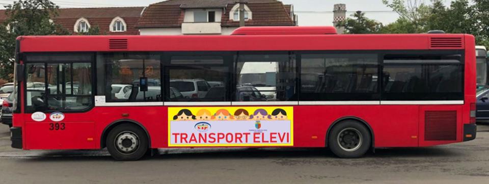 Autobuzele școlare de la Cluj-Napoca, lăudate la București! Un deputat vrea implementarea proiectului în toată țara