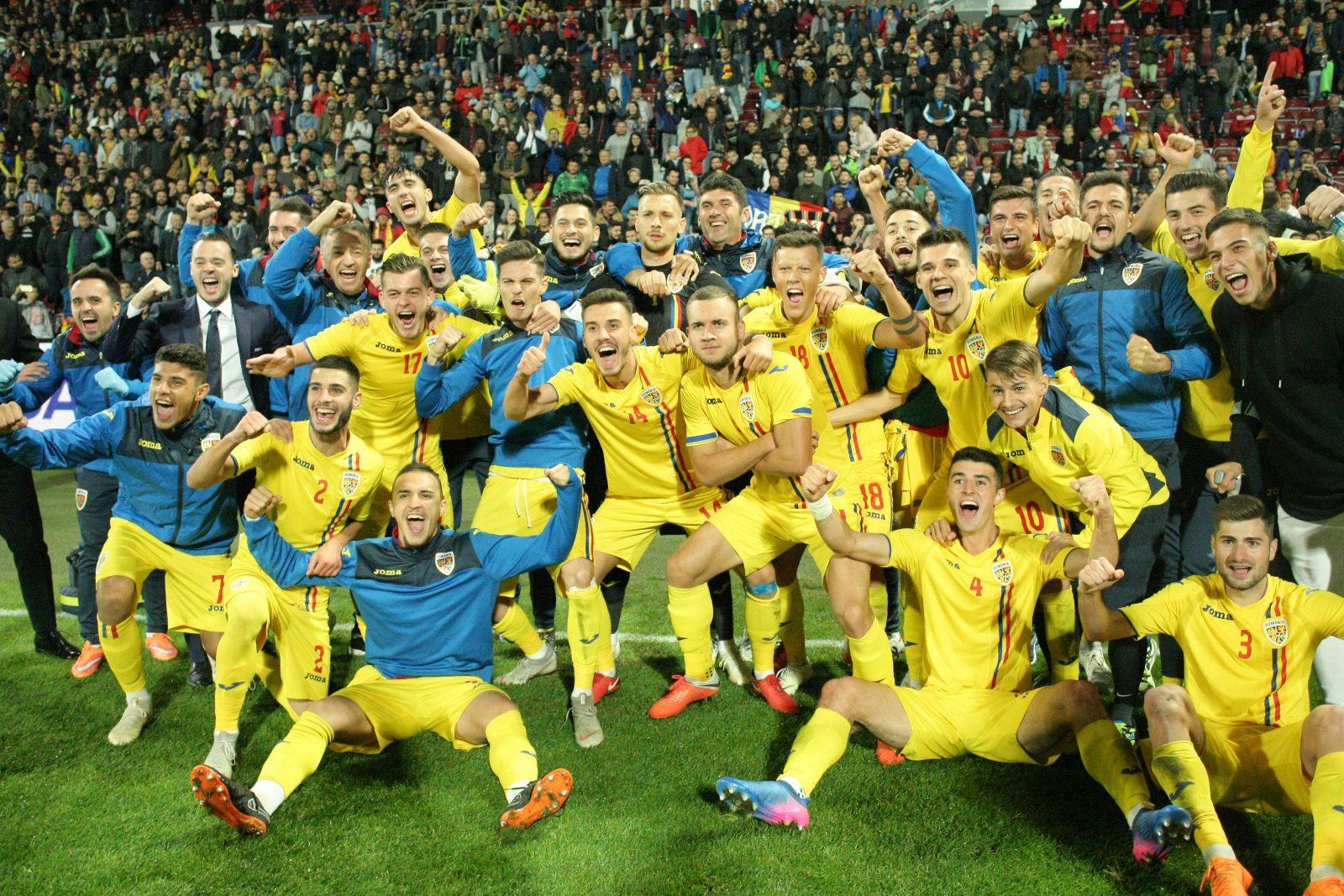 """Viitorul sună bine – Naţionala de tineret a României este la un pas de calificare după 20 ani la EURO 2019! Peste 12.000 de clujeni i-au susţinut pe """"tricolorii"""" mici în Gruia!"""