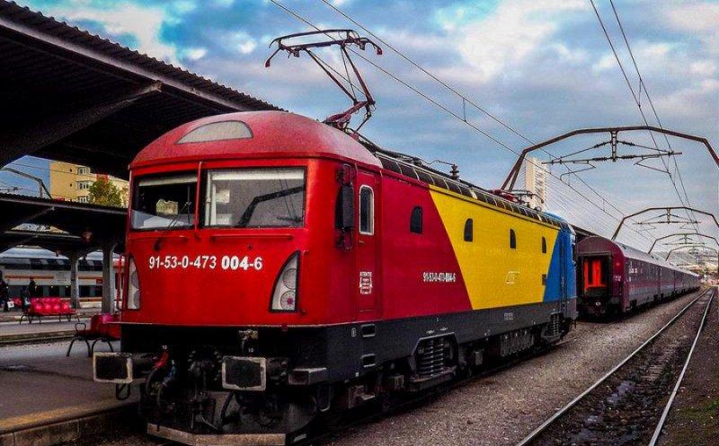 """Peste 400 de elevi şi profesori clujeni vor merge cu """"Trenul Unirii"""" la Alba Iulia pentru a lua parte la Ziua Naţională în an Centenar!"""