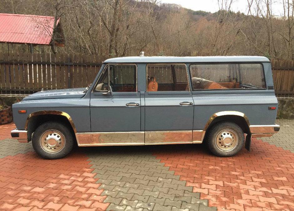 Maşina de teren ARO a lui Ceauşescu, scoasă la licitaţie! Cine a fost ultimul ei proprietar?