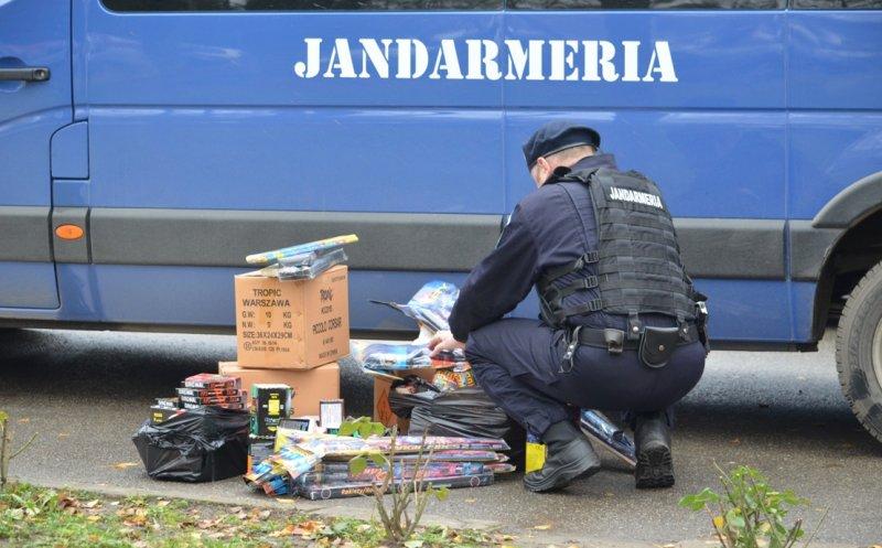 Jandarmii clujeni au confiscat 15.000 de articole pirotehnice!
