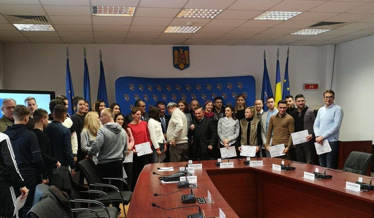 """42 de sportivi de la CS """"U"""" Cluj au fost premiaţi de Consiliul Judeţean Cluj!"""