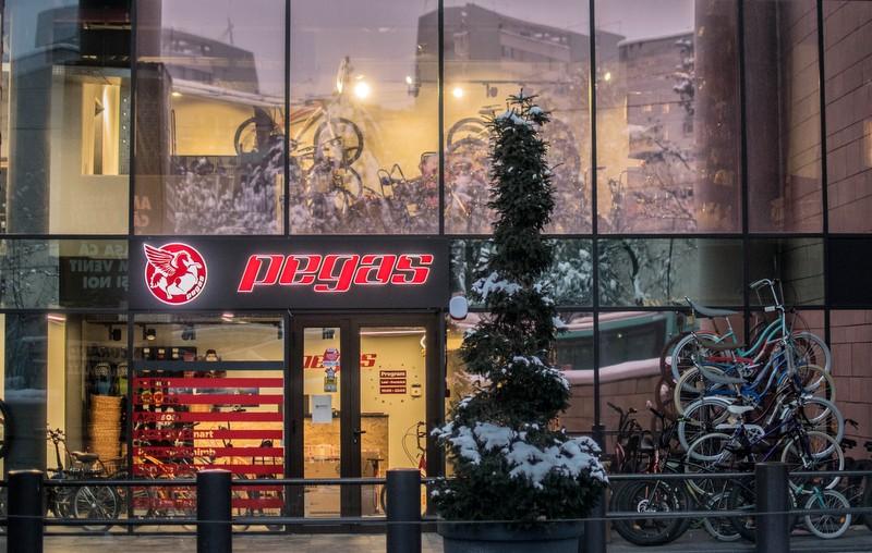 Pegas a inaugurat, la Iulius Mall Cluj, cel mai mare magazin al brandului din țară și primul din Regiunea de Nord-Vest! (P)
