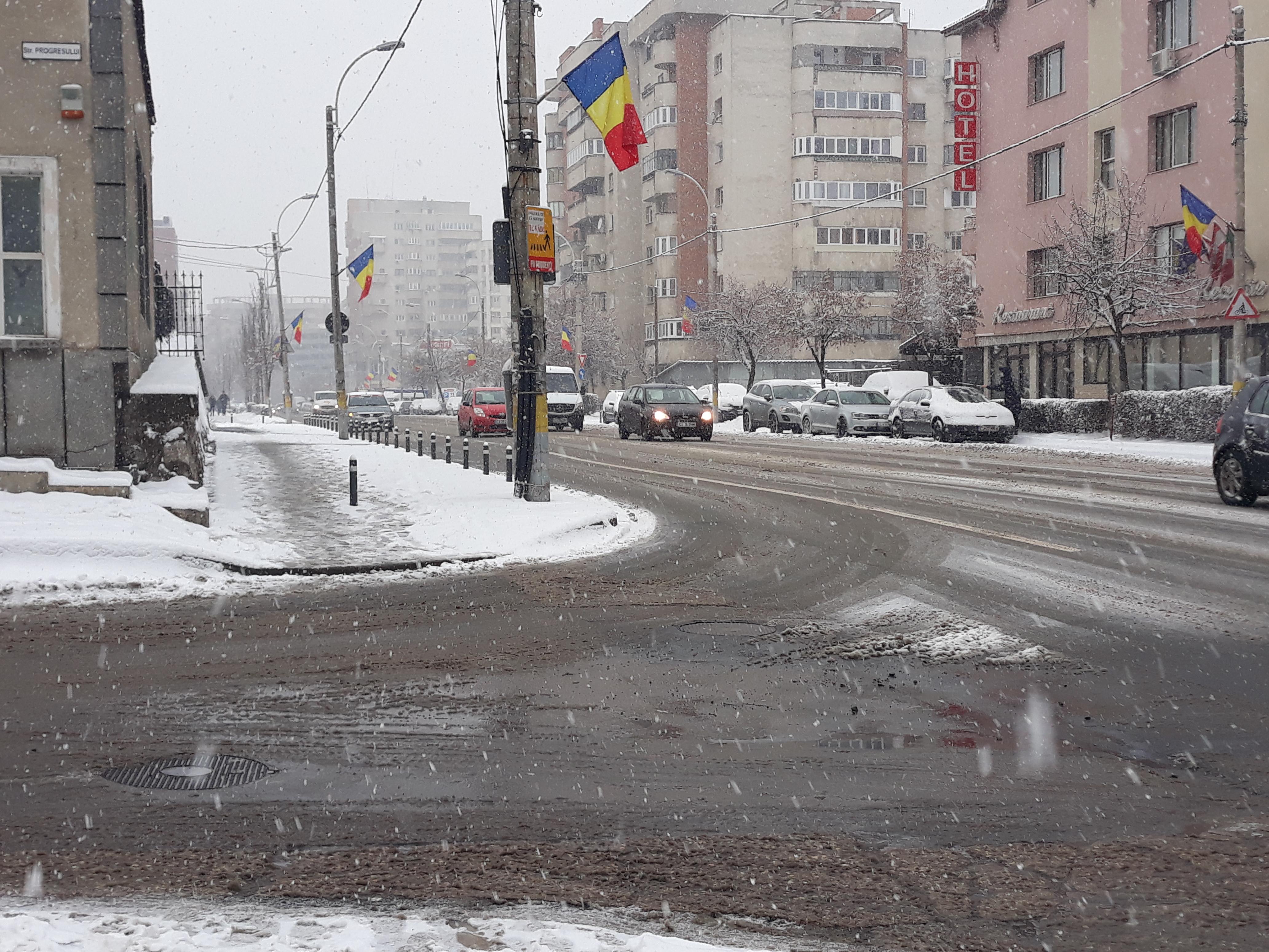 ATENȚIE – Se circulă cu dificultate pe drumurile din Cluj-Napoca!