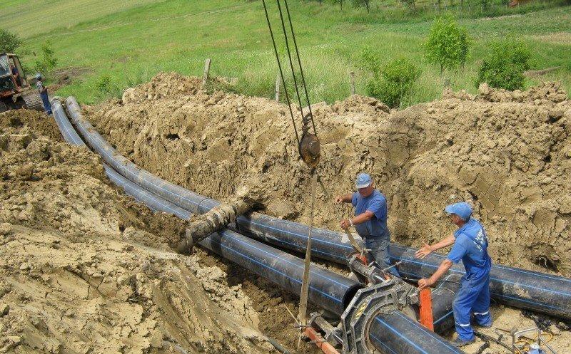 Până în 2023, Clujul va deveni primul judeţ din România racordat 100% la apă şi canalizare