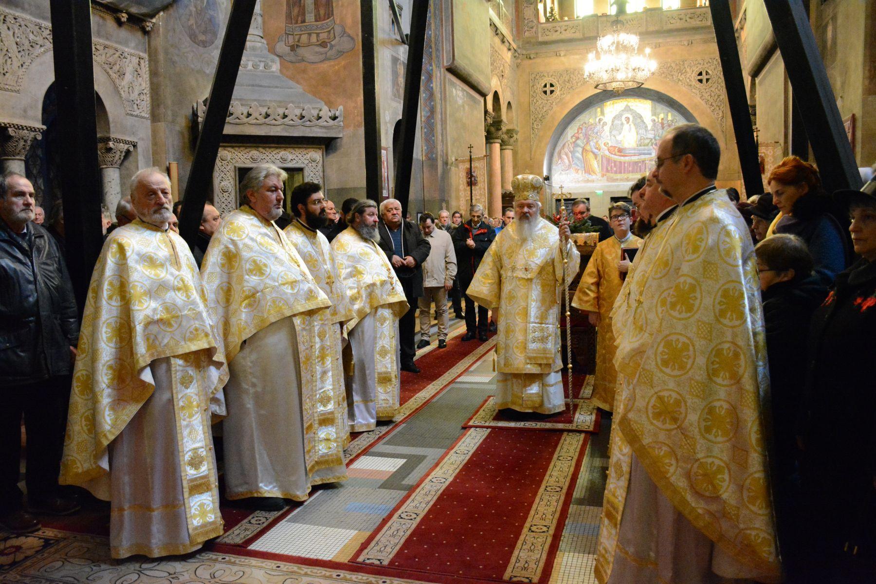 Donație de 180.000 de lei din partea preoților clujeni și a Arhiepiscopiei Clujului pentru Spitalul de Boli Infecțioase