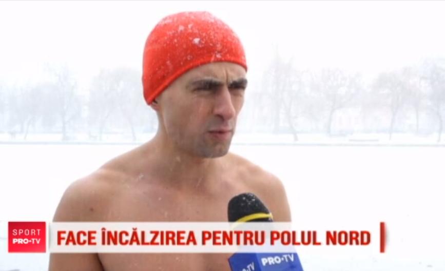 Un clujean se pregăteşte pentru Ultramaratonul de la Polul Nord alergând la bustul gol prin oraş!