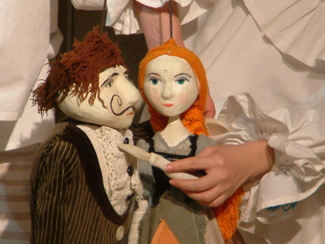 """Spectacolul """"Cenușăreasa"""" va fi prezentat duminică la Teatrul """"Puck"""""""