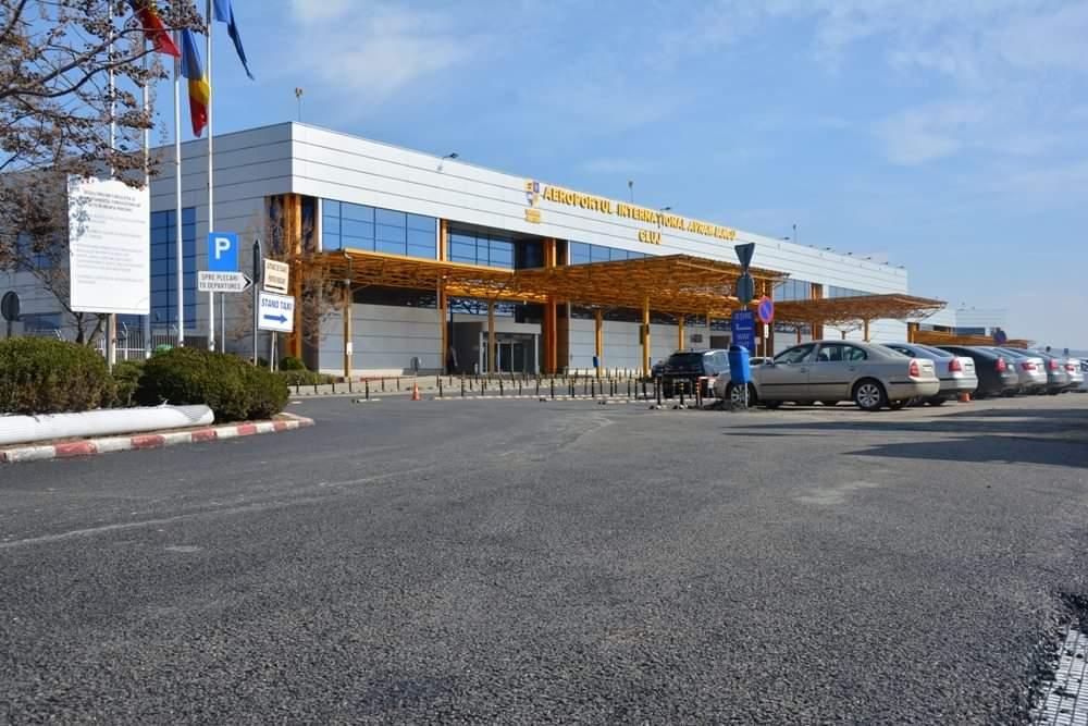 Lucrările de remediere a parcării aeroportului clujean au fost finalizate