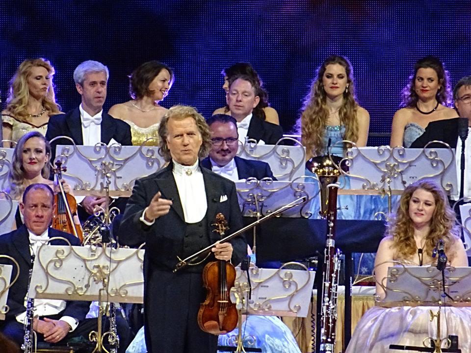 """André Rieu la Cluj – un spectacol cât un festival! """"Am cea mai frumoasă meserie din lume, fac muzică"""""""