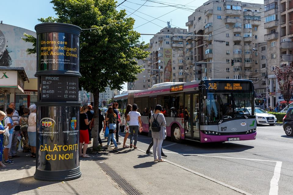 Stațiile de autobuz din Florești vor fi dotate cu panouri de afișaj electronic