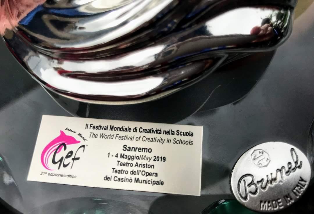 """Trupa de teatru a Liceului """"Elf"""" din Cluj-Napoca a câștigat marele premiu la San Remo"""