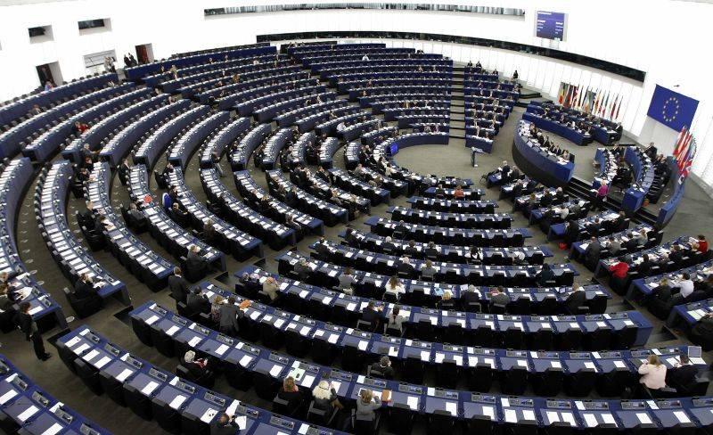 Pe cine trimite România în Parlamentul European? Clujenii Rareş Bogdan şi Daniel Buda, pe lista PNL!