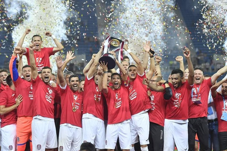 CFR Cluj a încasat o amendă de 200.000 euro și o interdicție în Liga Campionilor pentru încălcarea fair-play-ului financiar