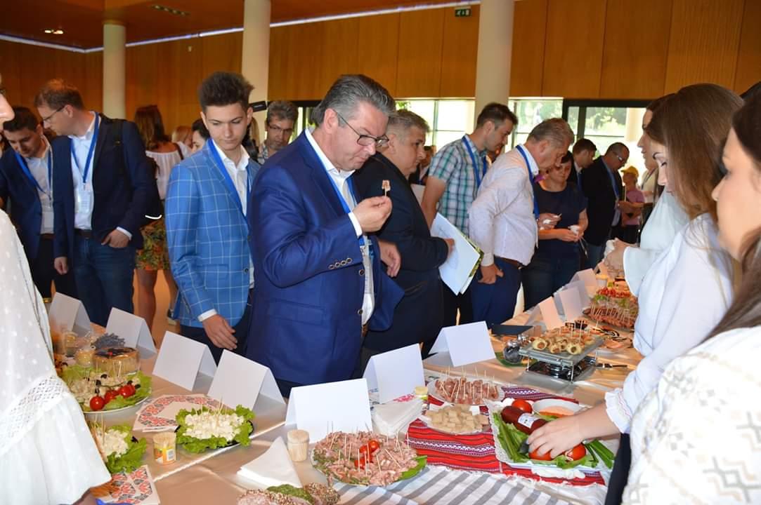 Peste 70 de lucrări de licență ale studenților de la Facultatea de Știința și Tehnologia Alimentelor, înscrise la Festivalul Alimentului 2019, la USAMV Cluj-Napoca