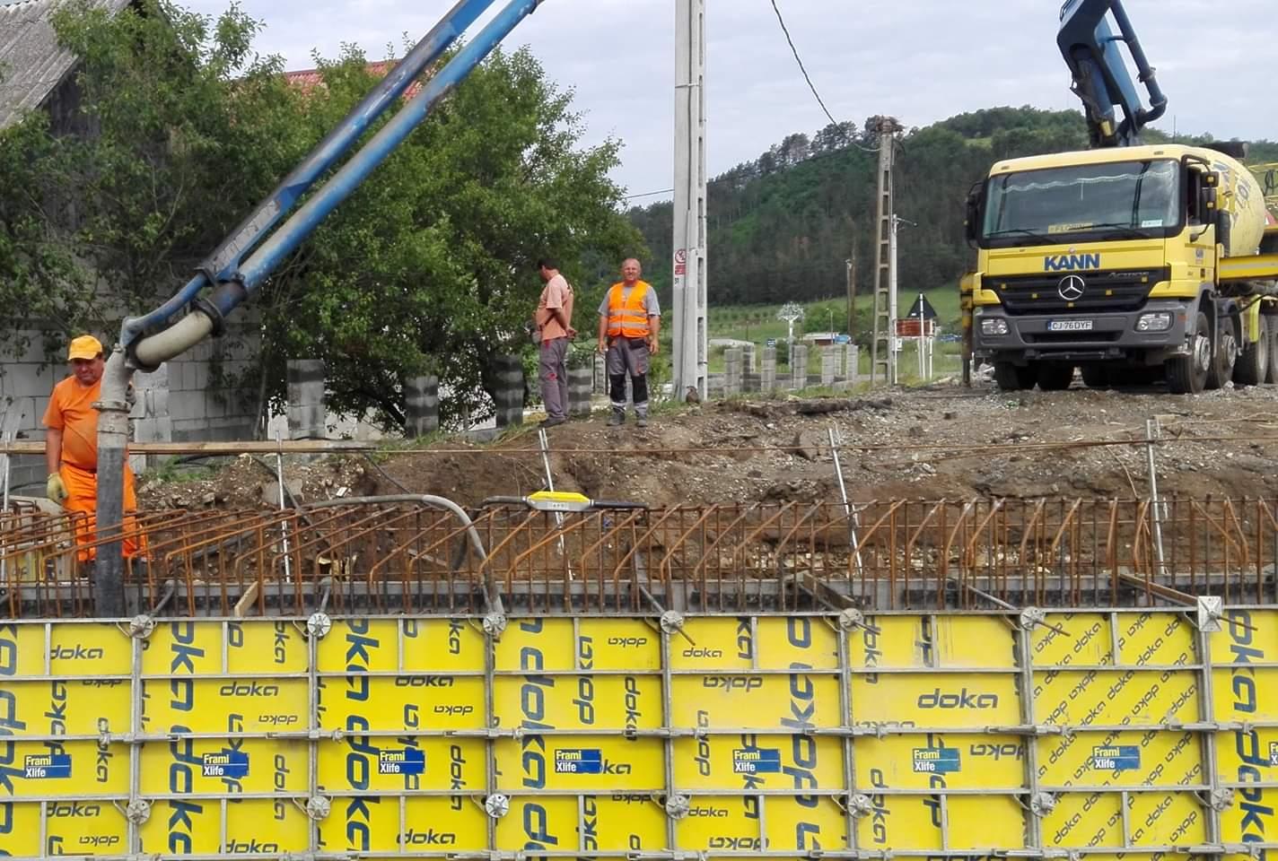 Lucrările de modernizare derulate pe Lotul 1 al Drumului Bistriței avansează în ritm alert. Se lucrează susținut pe DJ 109 Răscruci – Borșa – Vultureni