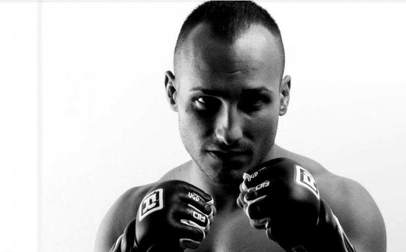 Un luptător clujean de MMA, găsit mort într-o cameră de hotel din Chișinău