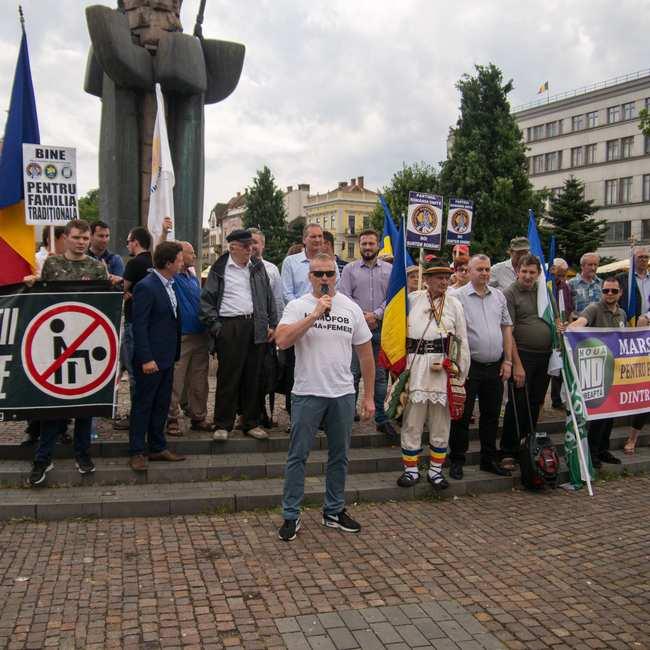 """Noua Dreaptă organizează """"Marșul pentru familie, împotriva propagandei homosexuale"""", sâmbătă, la Cluj-Napoca"""