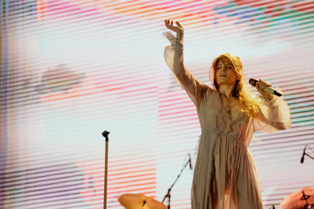Florence, regina castelului Banffy, concert sublim la Electric Castle #7! 55.000 de festivalieri au cucerit Bonțida în ziua a 3-a!