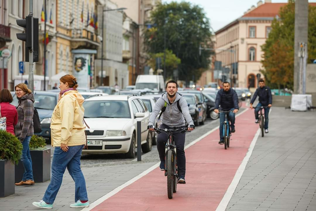 Ai bicicletă și vrei să ți-o parchezi într-un parking din Cluj-Napoca? Citește noul regulament lansat de primărie