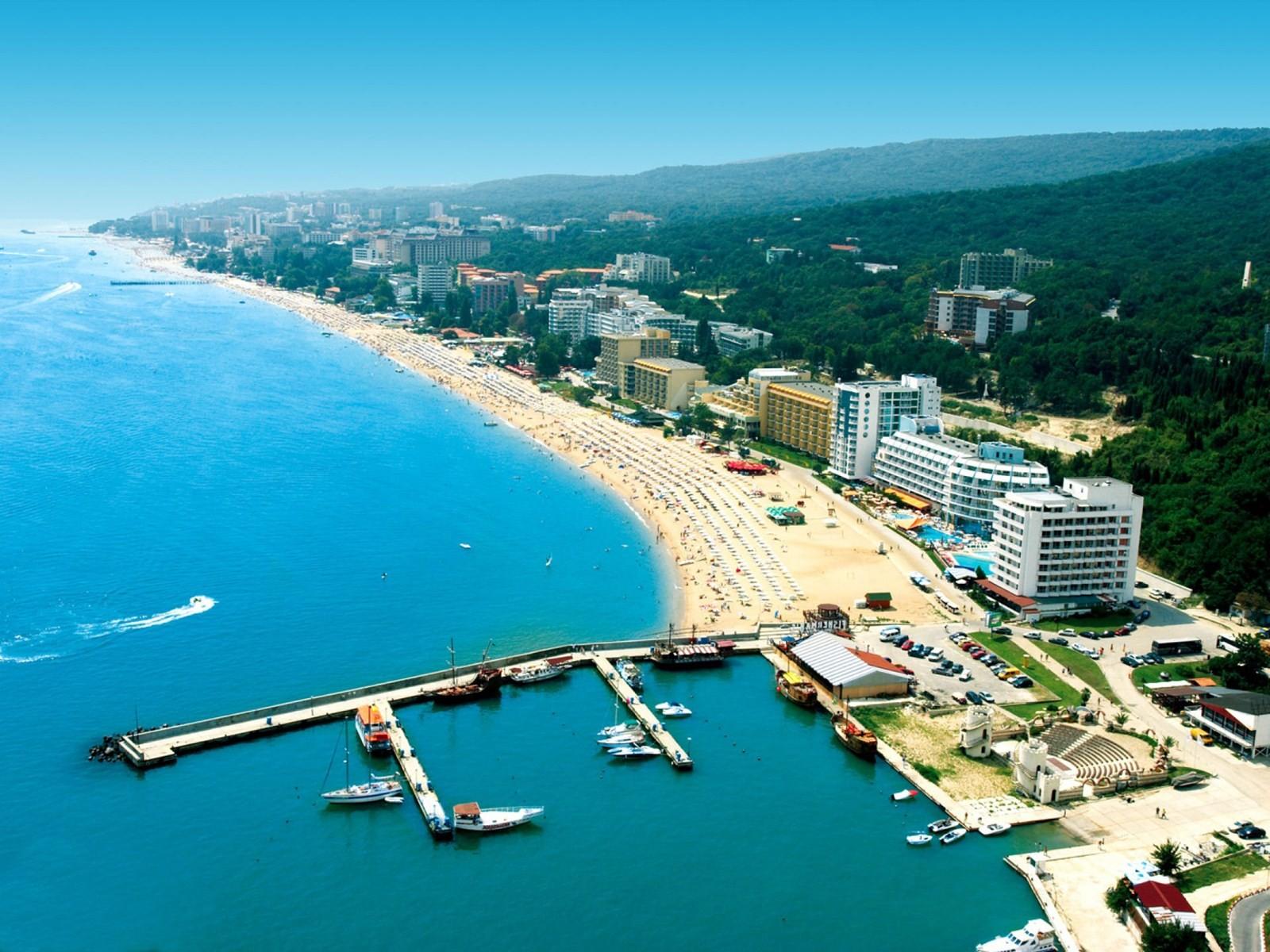 Litoralul bulgăresc, Nisipurile de Aur și Varna, destinațiile ideale pentru vacanța de vară din acest an! Bulgaria, extrem de ofertantă!