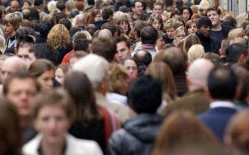 Populația României a scăzut cu 125.500 de oameni în 2019. Principalele cauze sunt emigrarea și declinul demografic