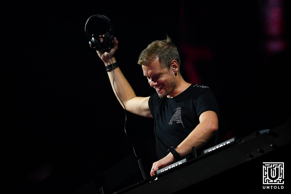 Transmisiunea live a lui Armin van Buuren de la UNTOLD 2019, pe primul loc în topul Billboard