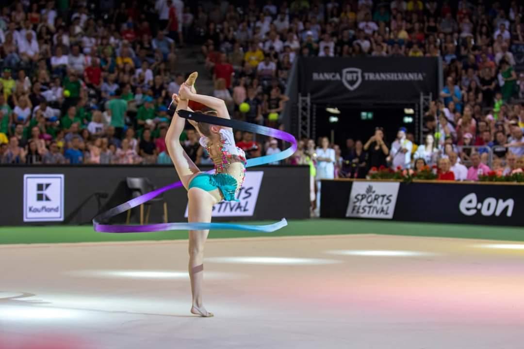Cupa Mondială de Gimnastică Ritmică aduce în acest weekend peste 70 de gimnaste din 23 de țări la Cluj-Napoca