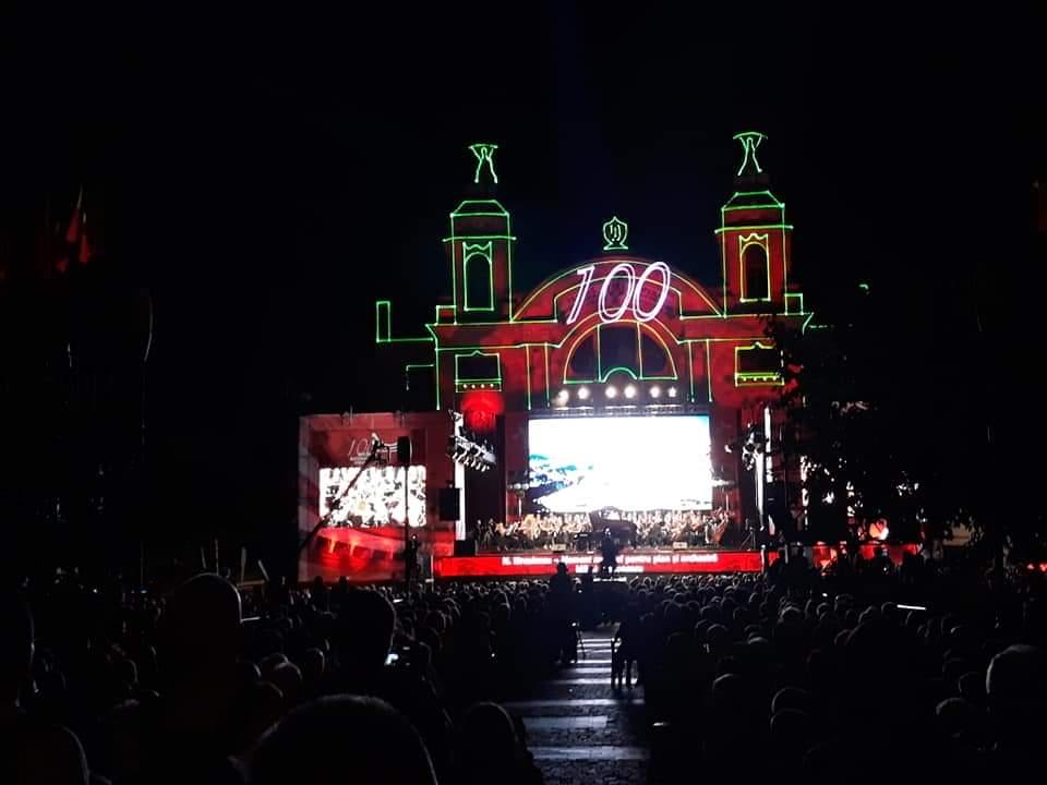 VIDEO – Deschiderea stagiunii centenare a Operei Naționale Române din Cluj cu un spectacol de lasere și lumini