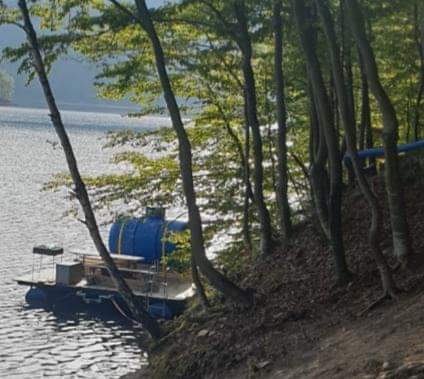"""Deputatul Horia Nasra promite că va continua demersurile pentru protejarea lacului Tarnița. """" S-a terminat lacul șmecherilor"""""""
