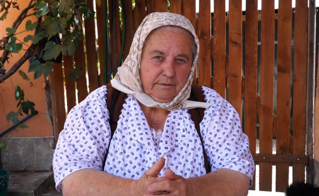 Bunica din Chinteni ne îndeamnă să traversăm regulamentar și să conducem prudent – VIDEO