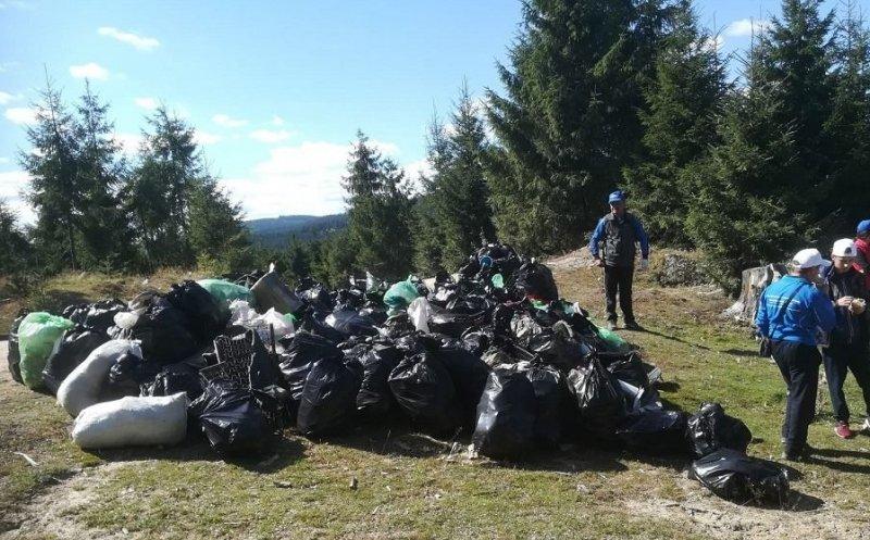 4800 de saci de gunoaie, adunați într-o singură zi de la Tarnița, Măguri Răcătău și Chinteni