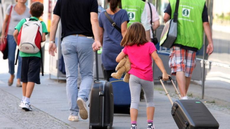 Românii care merg în vacanță în extrasezon vor beneficia de vouchere de vacanță mai mari