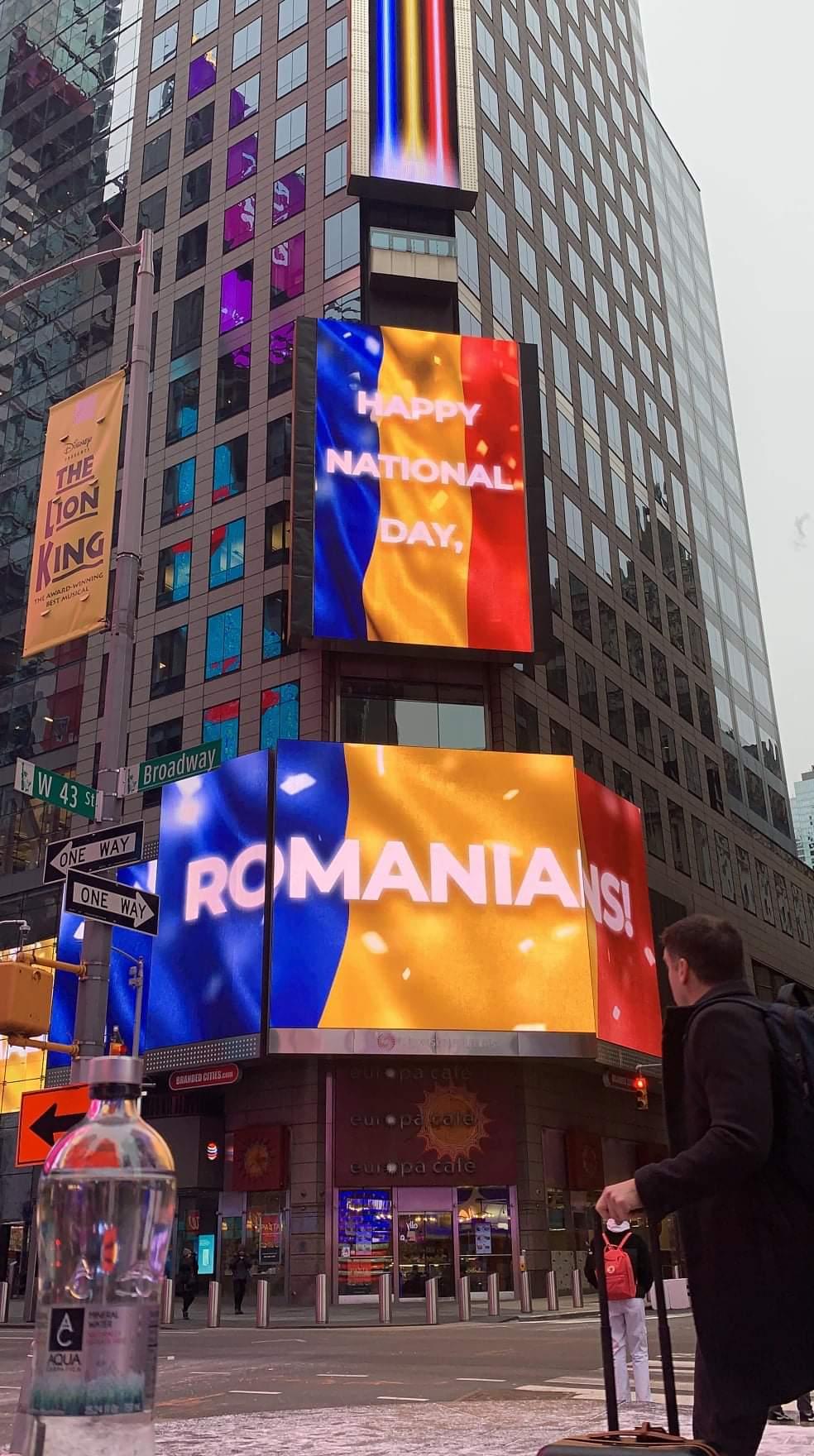 Mândri că suntem români. Tricolorul României, afişat în Times Square din New York! Și președintele SUA, Donald Trump, a transmis un mesaj României