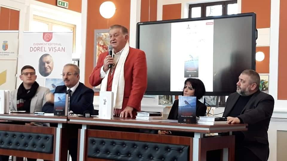 """Actorul Dorel Vișan, lansarea cărții """"Cine-i păzește pe paznici?"""", cu sala plină la Casino – FOTO"""